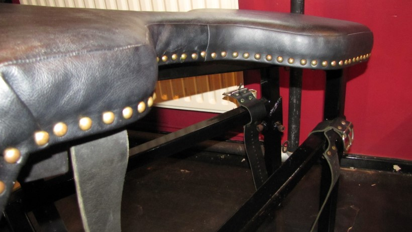 Dungeon Furniture Bondage Bench High Quality Leather Box Steel Fetish Fetters Ebay